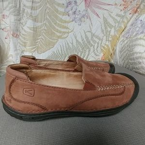 Keen Leather Slip On Brown Shoes Sz 7